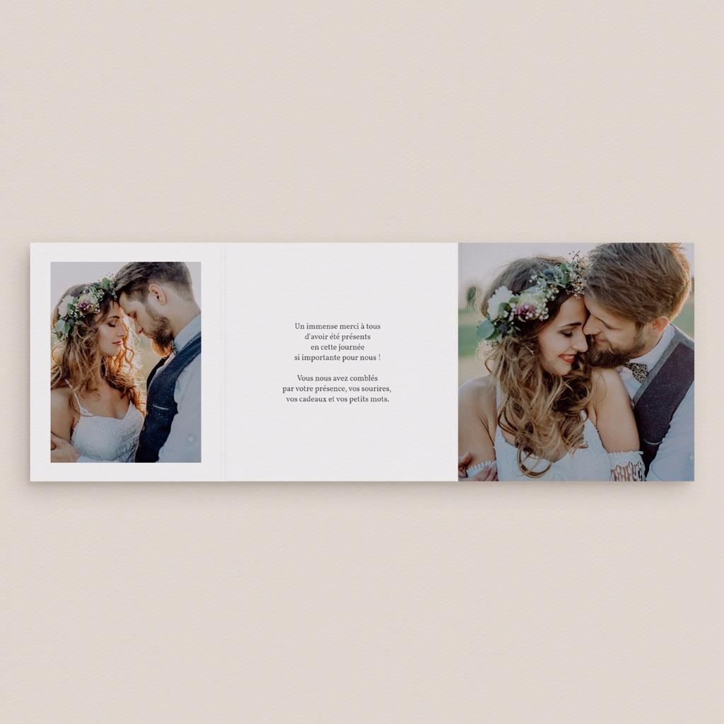 Carte de remerciement mariage Pastel de Fleurs & Feuillage, 3 volets décalés pas cher