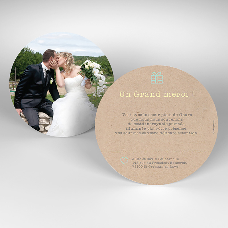 Carte de remerciement mariage Pretty love story rond