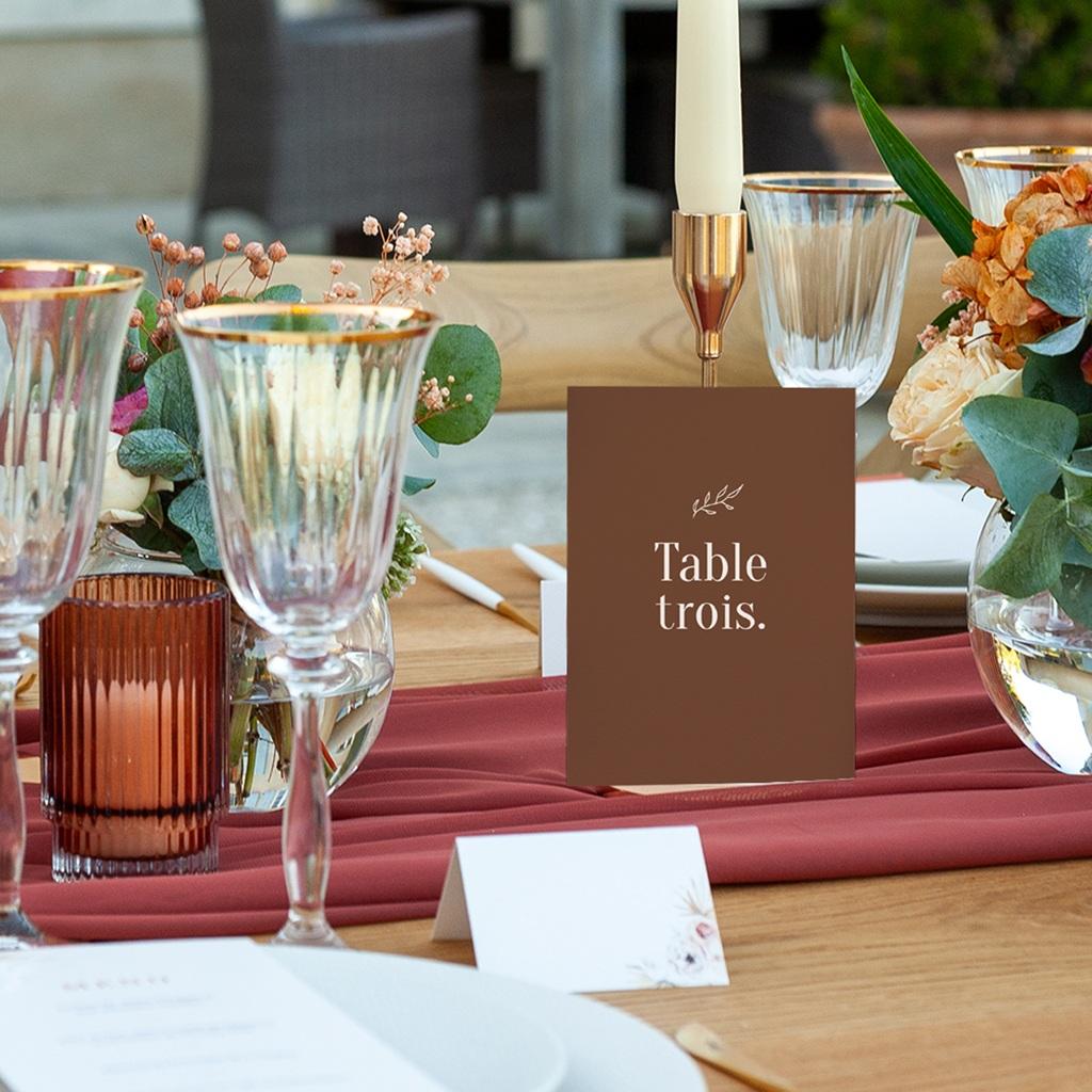 Marque table mariage Typographie & Couleur, 3 repères pas cher