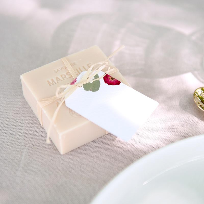 Marque-place mariage Romance Florale, Invité