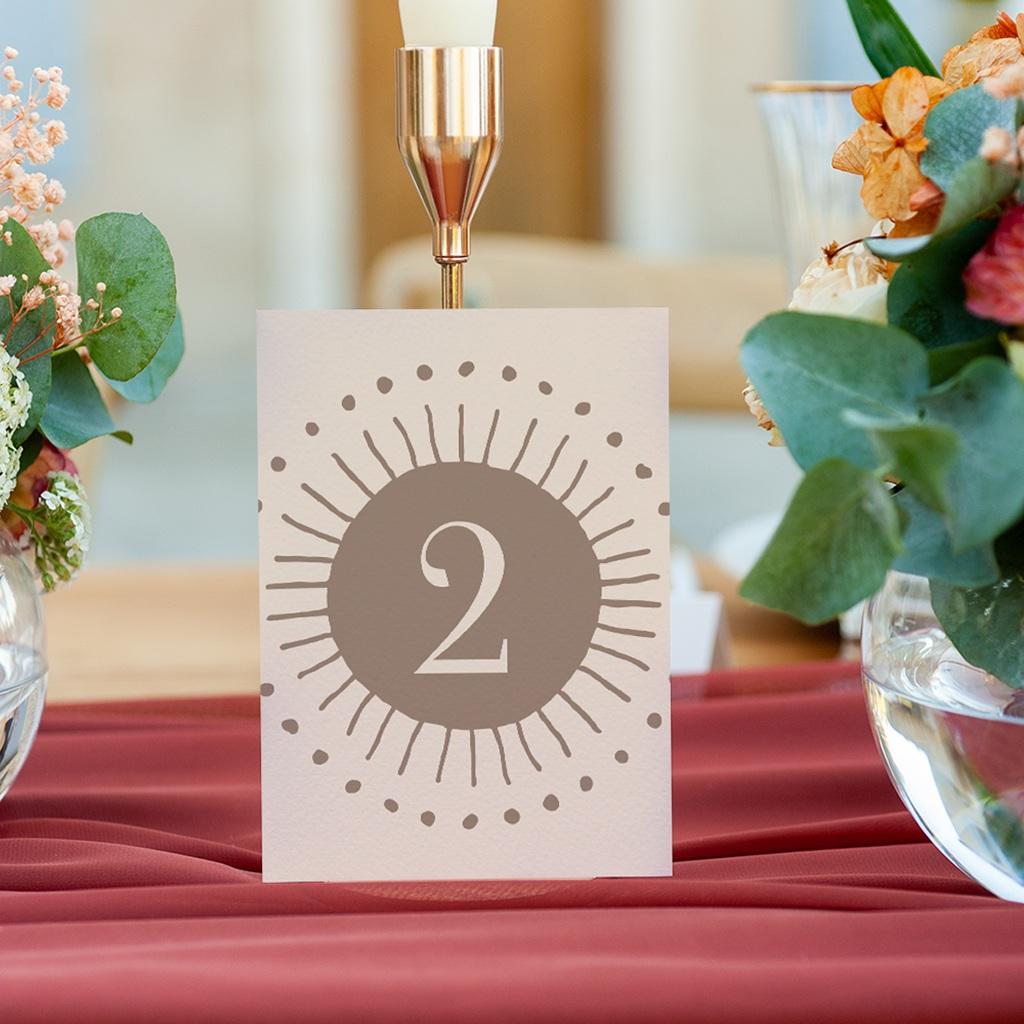 Marque table mariage Soleil de Minuit, lot de 3 repères gratuit