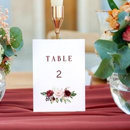 Marque table mariage Rubis Chic gratuit